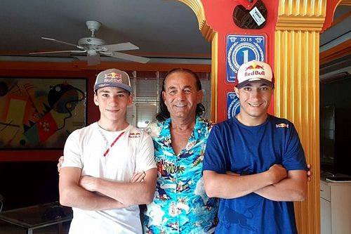 Röportaj: Önder, Deniz ve Can Öncü ile Babalar Günü Özel Sohbeti!