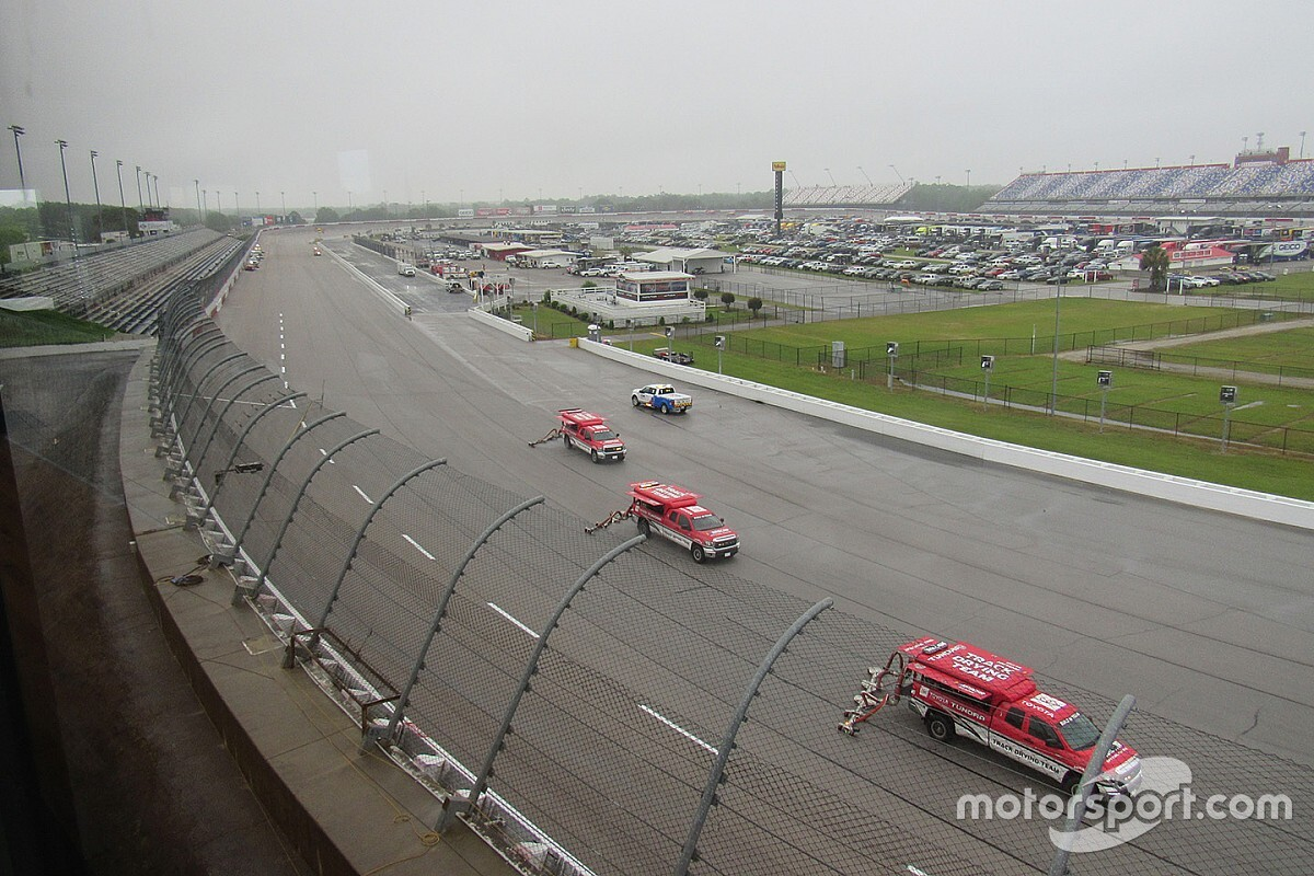 NASCAR at Darlington will not start on time due to rain