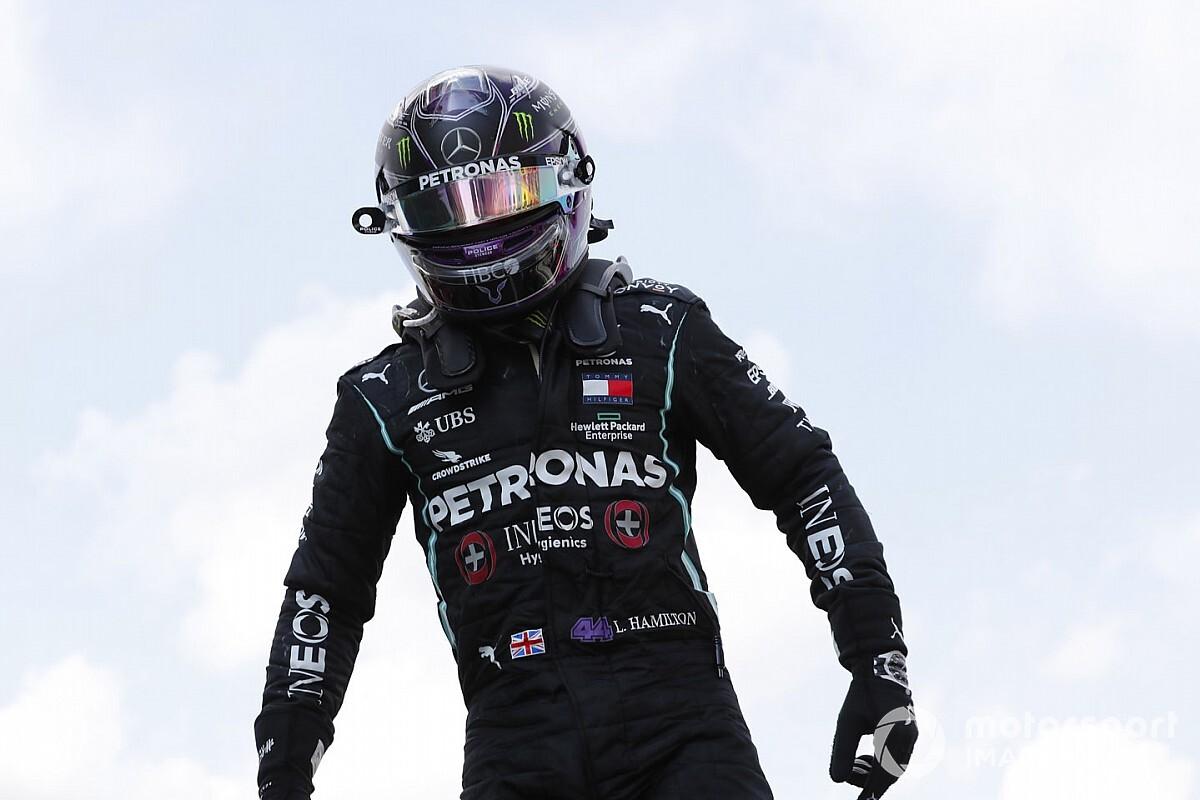 Hamilton bije rekordy Schumachera