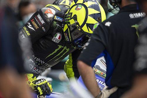 Milagro en MotoGP: Rossi y Viñales esquivan las motos sin pilotos de Zarco y Morbidelli
