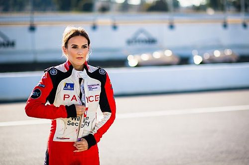 Angelo becomes third female star to join TCR Australia grid