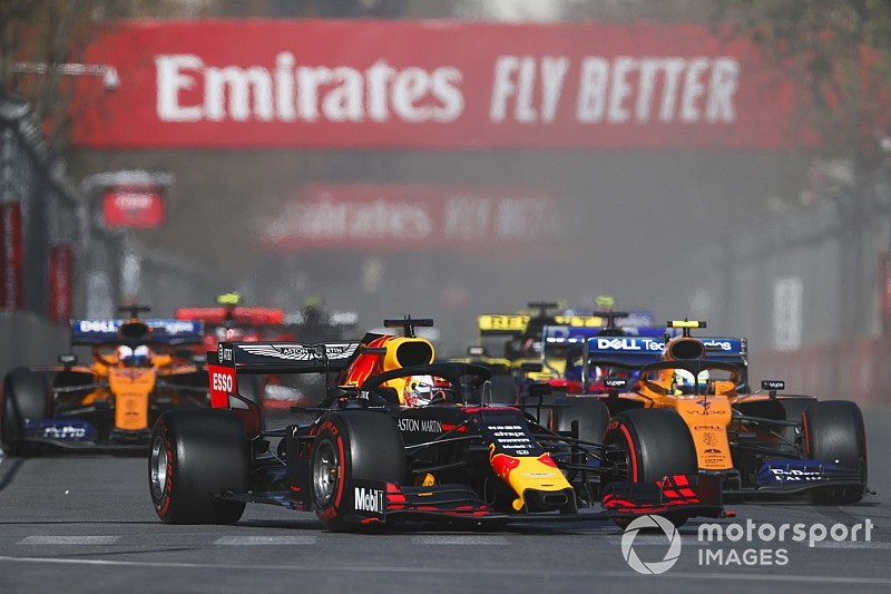 """Verstappen tevreden met P4 in Baku: """"Gat naar top-drie gedicht"""""""
