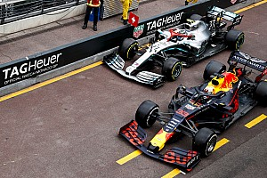 "Bottas: Verstappen ""kept drifting to the right"" in pitlane incident"