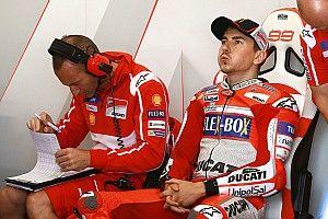 """Lorenzo: """"Tengo que hacer las mil y una para sacar rendimiento a la moto"""""""