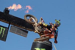 Mondiale Cross MxGP I più cliccati Fotogallery: la cavalcata di Cairoli verso il Mondiale 2017 MXGP