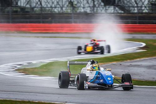 FR 2.0 Silverstone: Shwartzman op pole voor Defourny, Verschoor negende