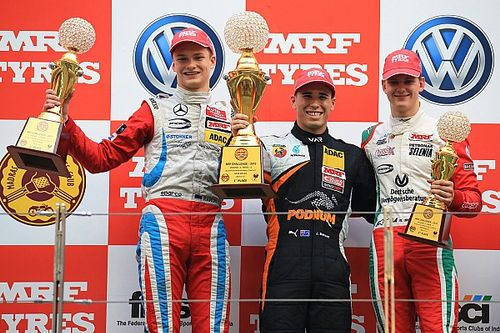 Buddh MRF Challenge: Mawson extends lead in frantic second race