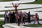 Kurt Busch wins the 2017 Daytona 500 with last-lap pass