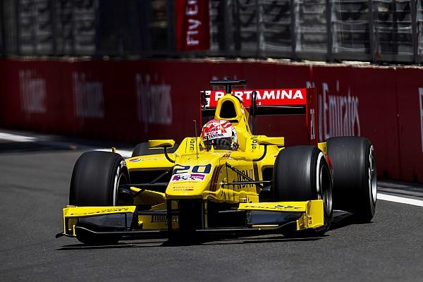 Нато выиграл гонку Ф2 в Баку из-за штрафа Леклера