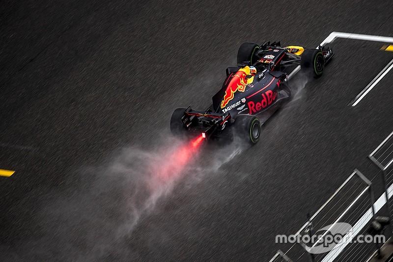 Риккардо: Дождь позволит Red Bull приблизиться к лидерам