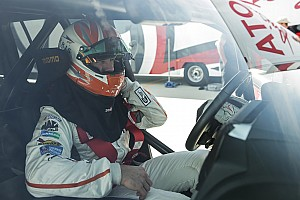 Automotive Breaking news Carl Edwards claims fastest SUV title in 230mph Land Cruiser