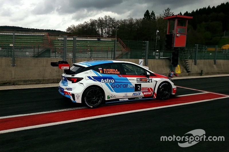 Homola e Caprasse in pole position con la Opel Astra a Spa