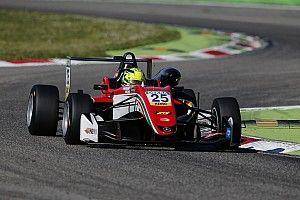 Шумахер впервые поднялся на подиум в Формуле 3