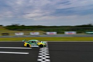 Stock Car: Julio Campos surpreende e conquista pole no Velocitta