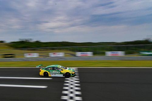Stock Car: Julio Campos surpreende e conquista pole no Velocitta