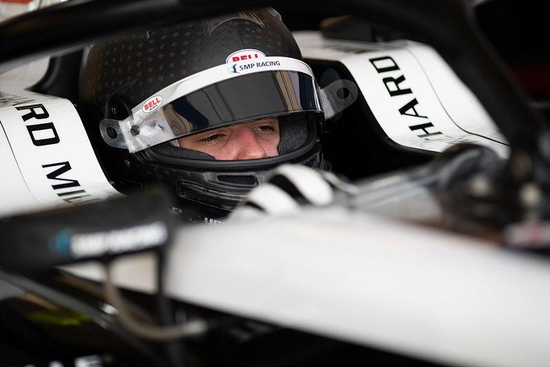 F3: Smolyar lidera primeiro dia de testes; Collet termina em 11º