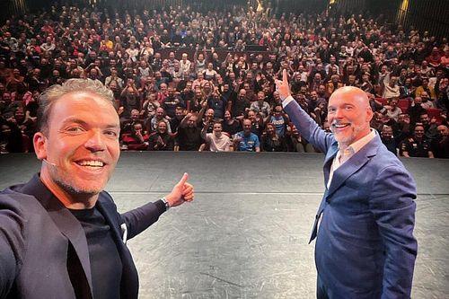 Doornbos en Kamphues: Theaterdebuut, anekdotes en Verstappen-contract
