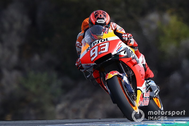 Schouder Marquez gedeeltelijk uit kom na crash in Jerez