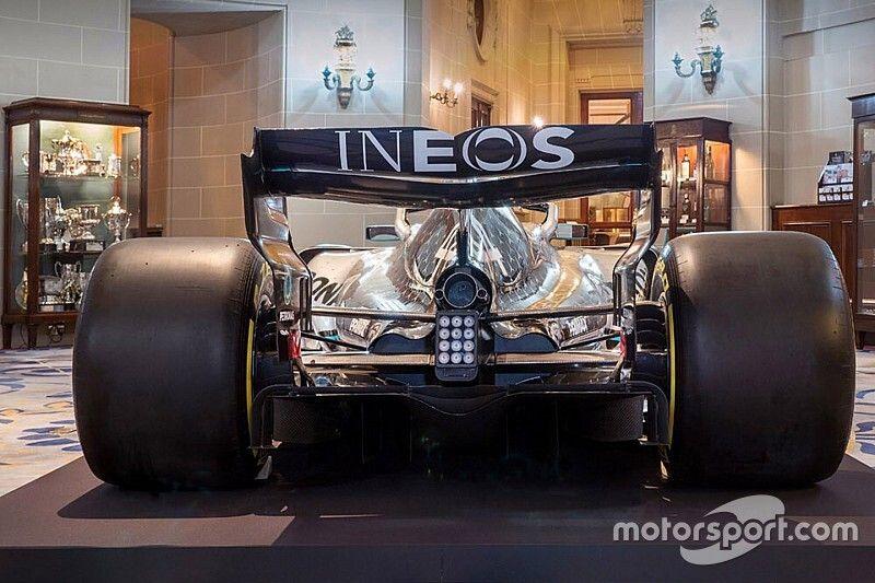 Mercedes anuncia a INEOS como nuevo patrocinador
