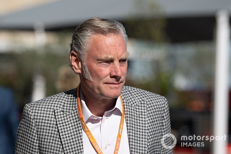 F1 boss Carey says no decision on Bratches yet