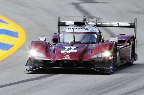 Petit Le Mans: Mazda leads Cadillac and Acura at Hour 6