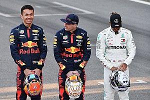 Az F1 engedélyezi a versenyzőinek, hogy letérdeljenek