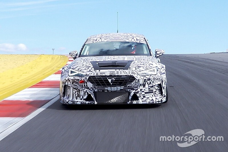 La nuova Cupra León TCR gira già in pista con parti 3D!