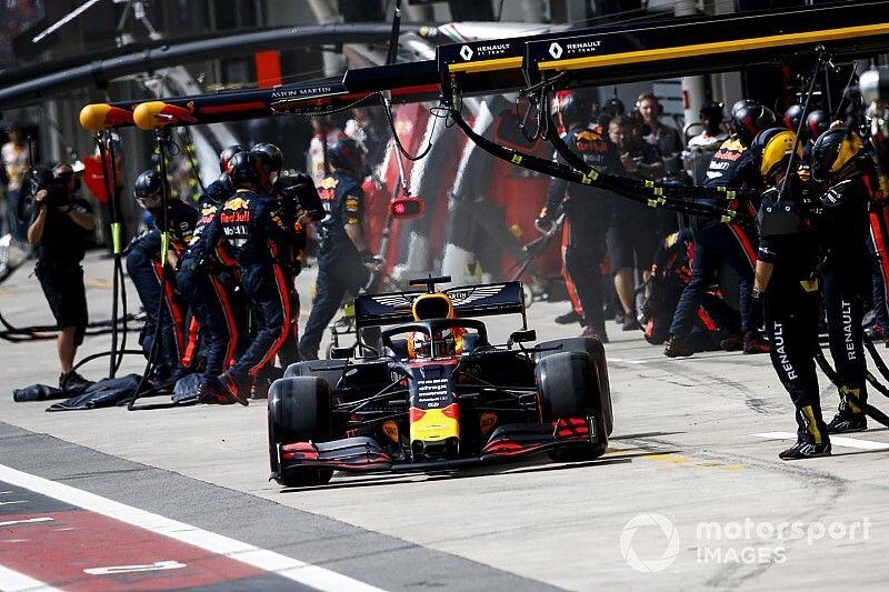 """VIDEO: Red Bull establece nuevo """"récord"""" en parada de pits"""