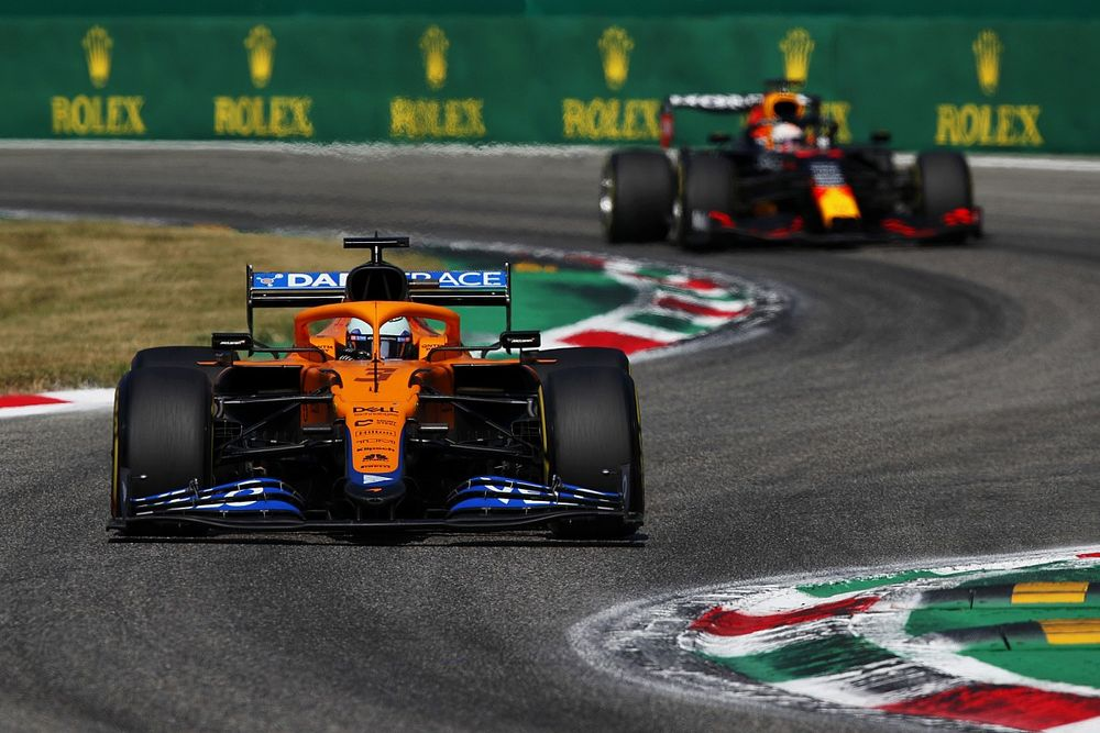 Course - Ricciardo vainqueur, Verstappen-Hamilton au clash, Mamma Mia Monza !
