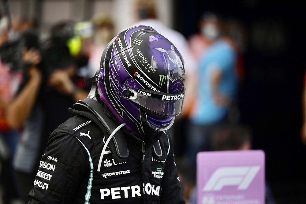 Schumacher: miért ne lehetne kritizálni Hamiltont? – nem ő az atyaúristen