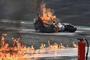 Гонку MotoGP в Шпильберге прервали из-за пожара