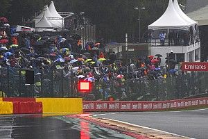 Pengelola Istanbul Park Cabut Larangan Payung F1 GP Turki