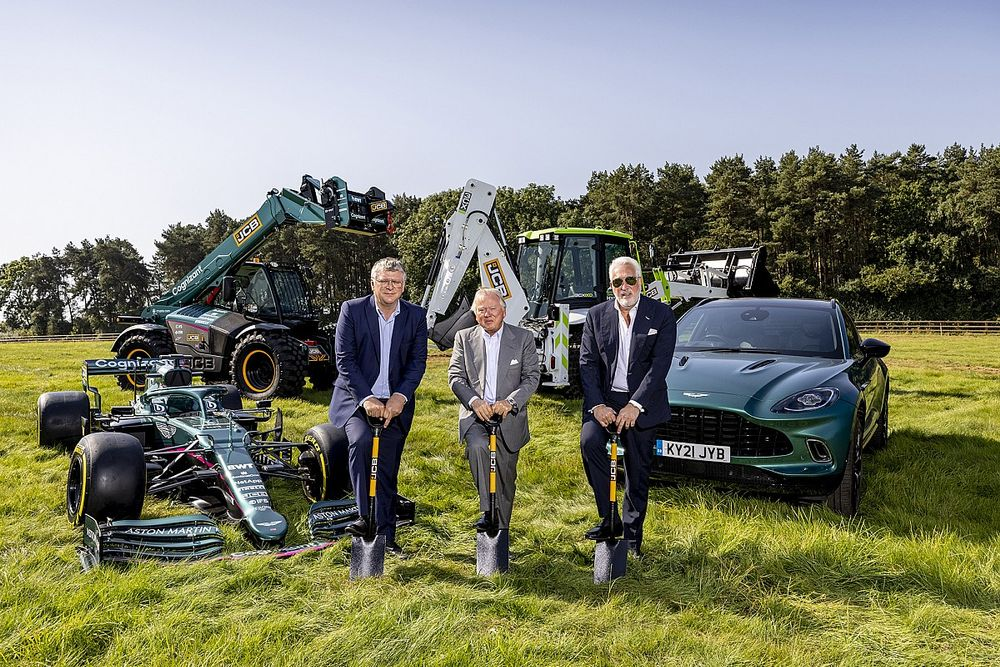 Az Aston Martin megkezdte új, 200 millió fontos, ultramodern F1-es gyárának építését (galéria)