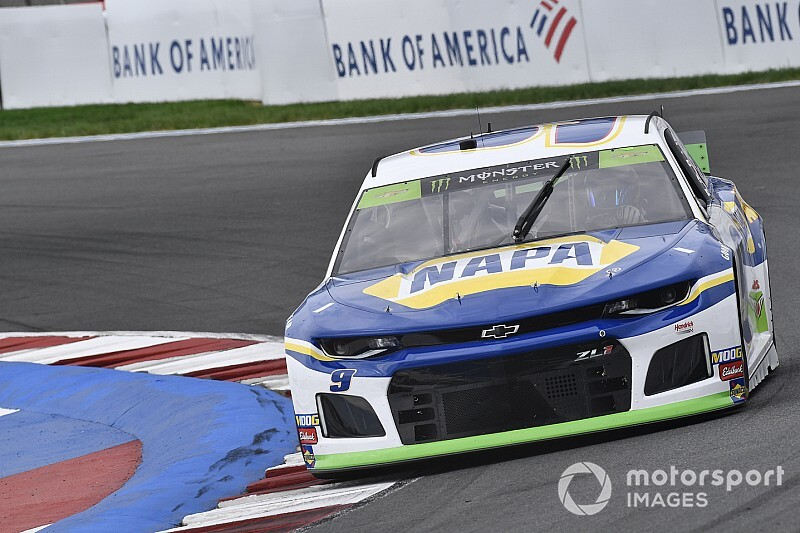 Chase Elliott wins Stage 2 at the Charlotte Roval