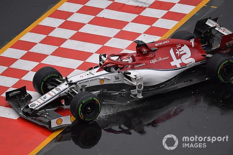 A kegyetlen 16-os kanyar, de Räikkönen megfogta: videó