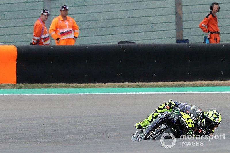 """Rossi: """"Quartararo parece que tenga más agarre"""""""
