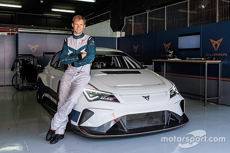 Ekstrom joins Cupra for first Pure ETCR season