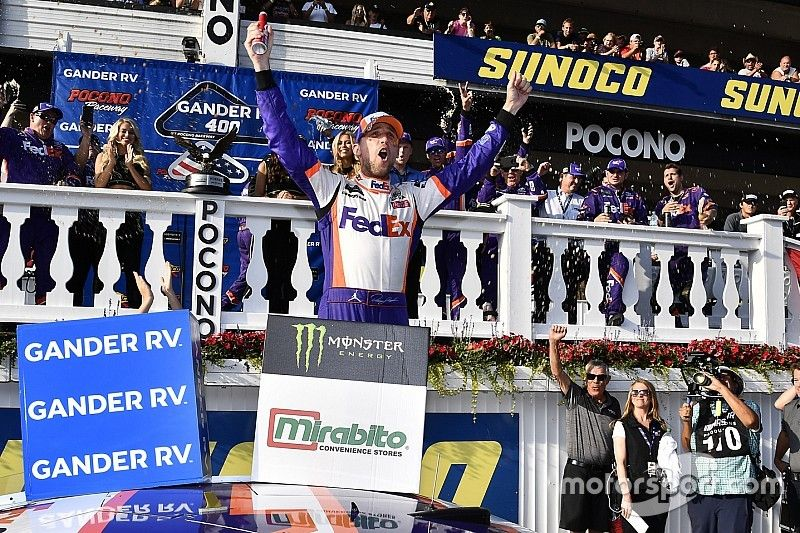 Denny Hamlin hangs on for Pocono win in two-lap shootout