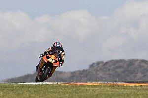 Aragon Moto2: Binder fends off Navarro, Marquez extends lead