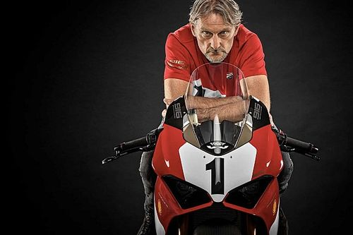 Limited-Edition Ducati Panigale V4 Pays Tribute To Legendary 916