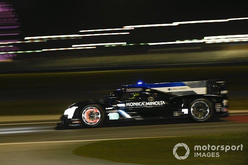 Alonso y Montoya pelean por la victoria después de seis horas
