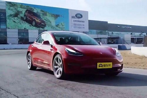 Watch this Tesla Model 3 top speed attempt