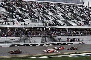 Rolex 24 at Daytona gets underway