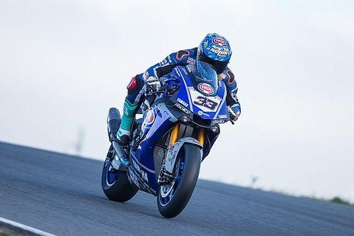 """Melandri gepikeerd na test: """"Yamaha R1 reageert niet echt op mijn stijl"""""""