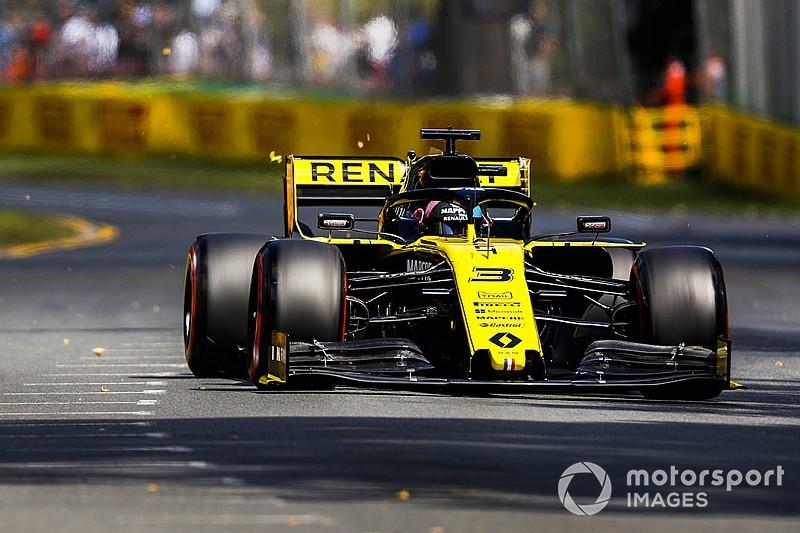 """Ricciardo: """"Fatico nei long run, invece quelli di Hulk fanno abbastanza impressione"""""""