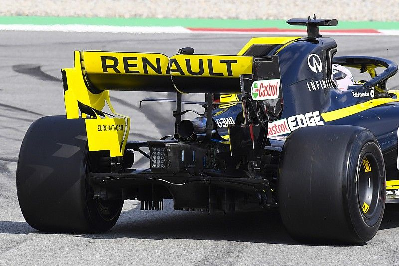 Renault says rear wing problem has been fixed