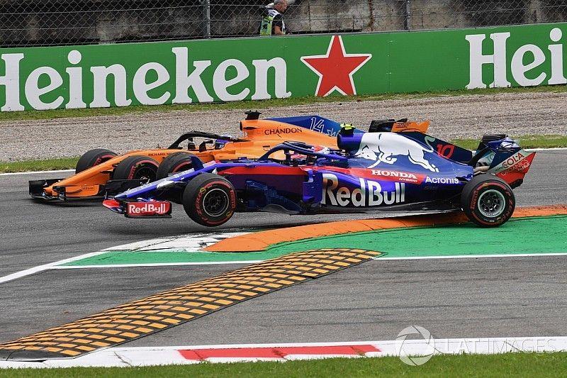 """Gasly : """"Alonso m'a complètement poussé hors de la piste"""""""