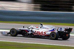 La Haas VF-21 a pris la piste à Bahreïn