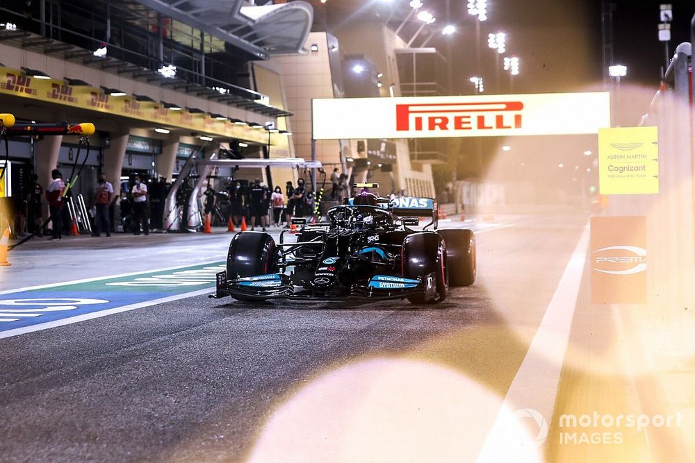 """Improved Mercedes team facing Bahrain F1 """"dogfight"""" with Red Bull"""