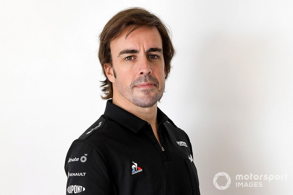 アロンソ、アルピーヌF1新車発表に際しコメント「チームとして、昨年よりさらに前進したい」